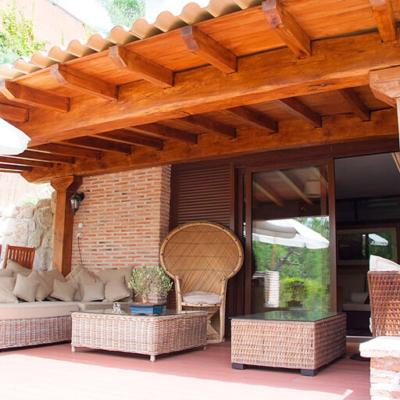 Pérgolas adosadas para porche